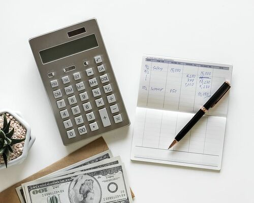 calculator-paper-business-composition